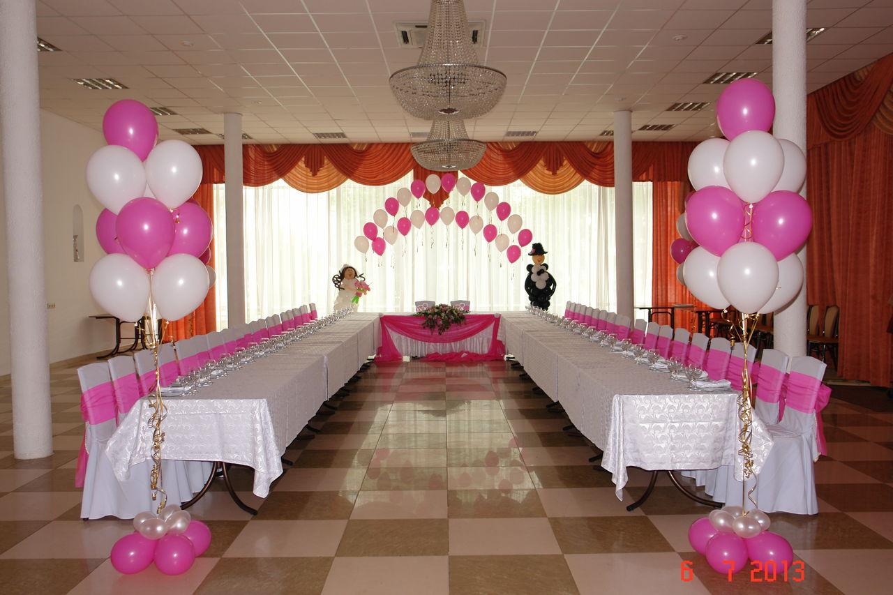 Как недорого украсить зал для свадьбы своими руками фото